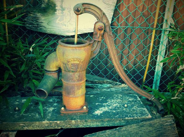 外構 エクステリア | 井戸工事の金額・費用相場とポイント