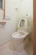 トイレの詰まり・水漏れ修理の施種類別 金額・費用相場とポイント