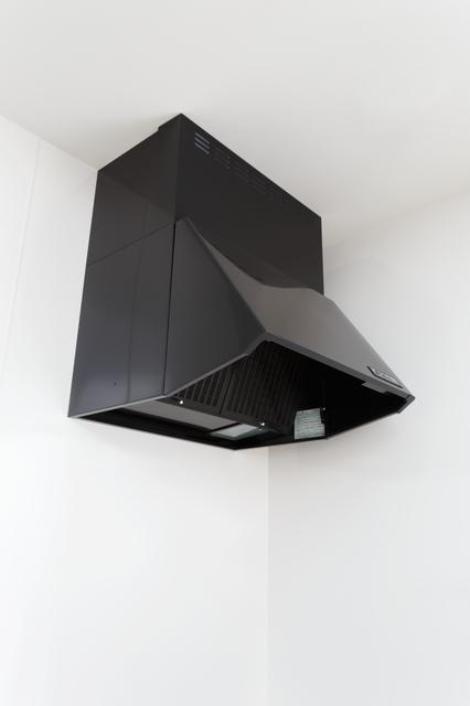 換気扇 クリーニング   換気扇(レンジフード)のクリーニングの金額・費用相場とポイント