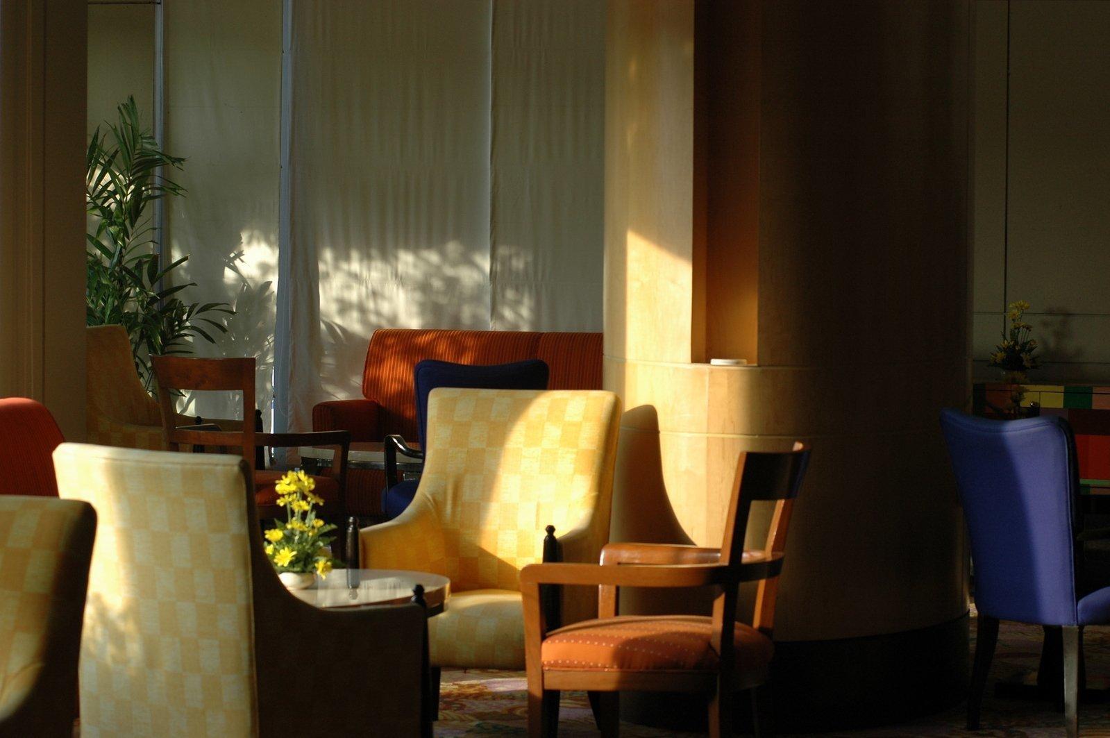 店舗 デザイン   ホテル・旅館のデザイン・設計の金額・費用相場とポイント