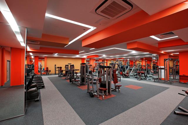 店舗 デザイン   スポーツ施設のデザイン・設計の種類別 金額・費用相場とポイント