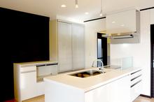 デザイン性の高いシステムキッチンについて