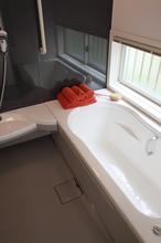 ハウステック(Housetec)の安全性と省エネを兼ね備えたユニットバス(お風呂)、「Felite plus(フェリテプラス)」の特徴 - リフォマ