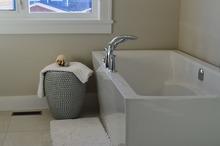 ハウステック(Housetec)の集合住宅対応のユニットバス(お風呂)、「LL」の特徴
