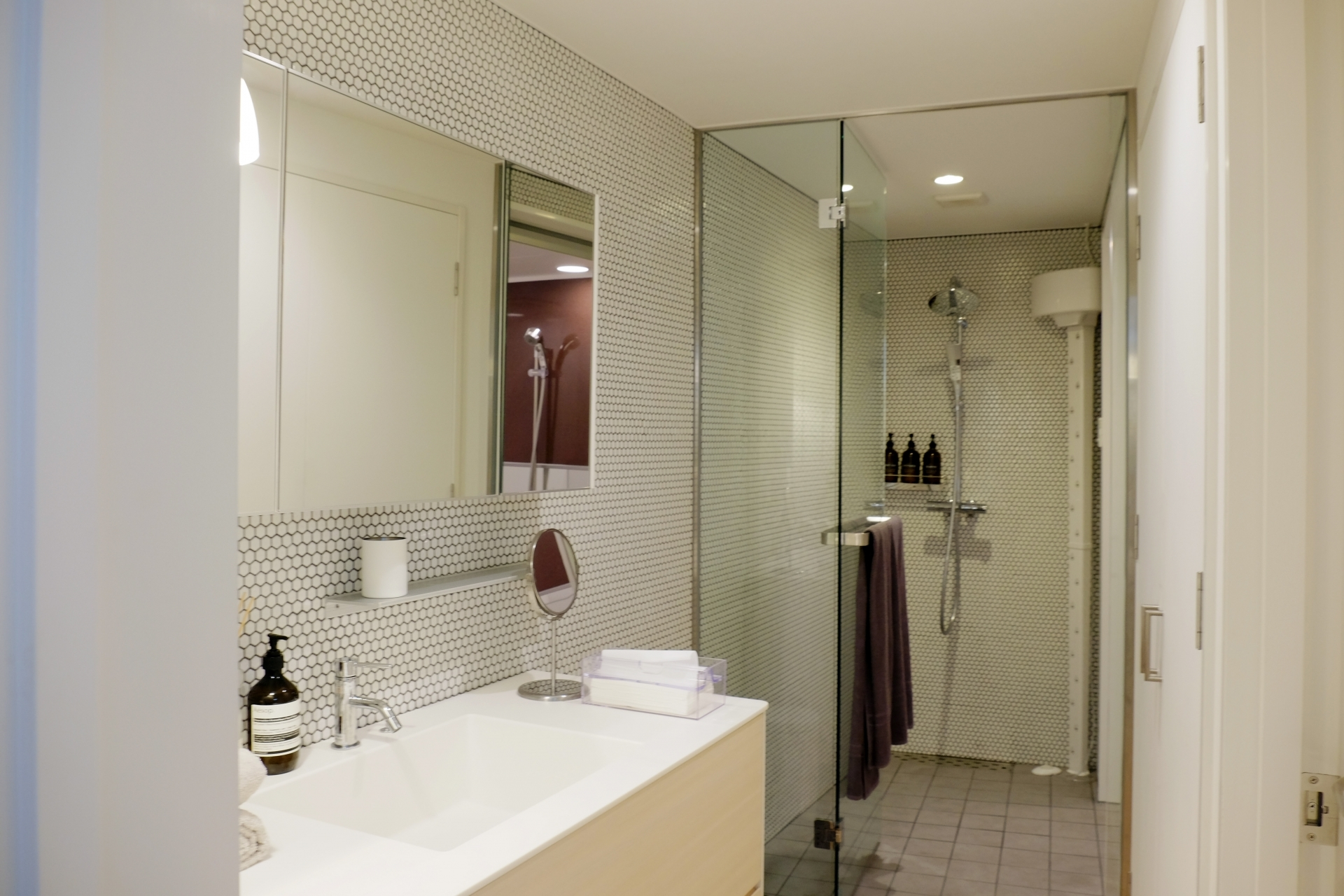 マンション リフォーム | タカラスタンダードのジャストサイズで設置できる洗面化粧台「リジャスト」の特徴