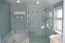 ガラス張りの浴室のメリット・デメリットと費用相場