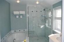 施工事例と商品比較で分かる。マンションのユニットバス(お風呂)リフォームにかかる費用と注意点