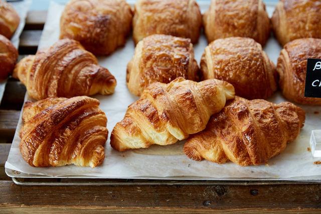 リフォーム | 地元で人気のパン屋さんになるための内装デザインのコツ